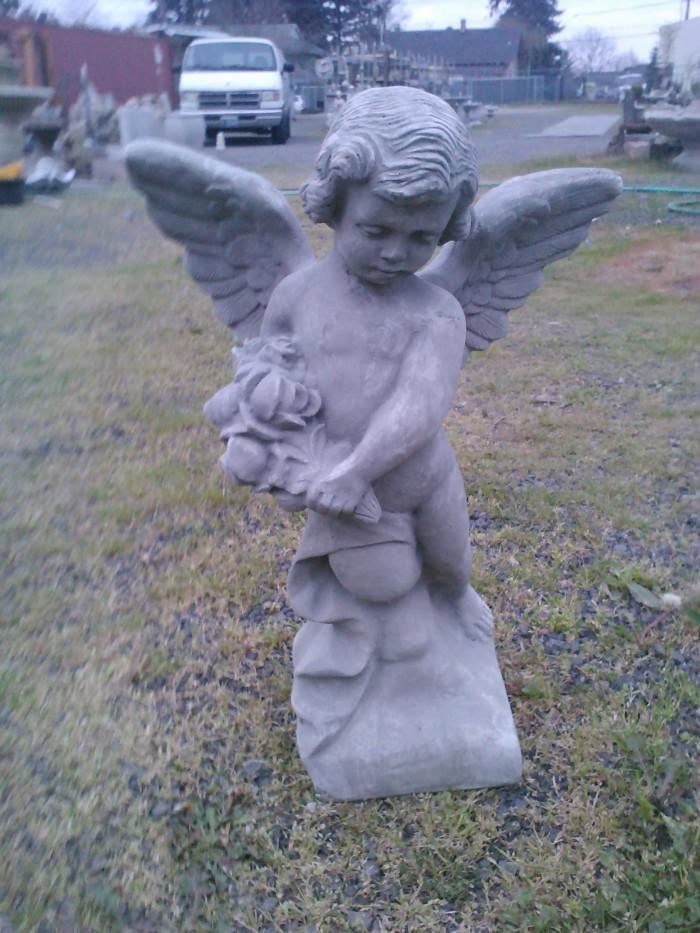 Garden statuary outdoor statues and garden decor for Garden statues portland oregon